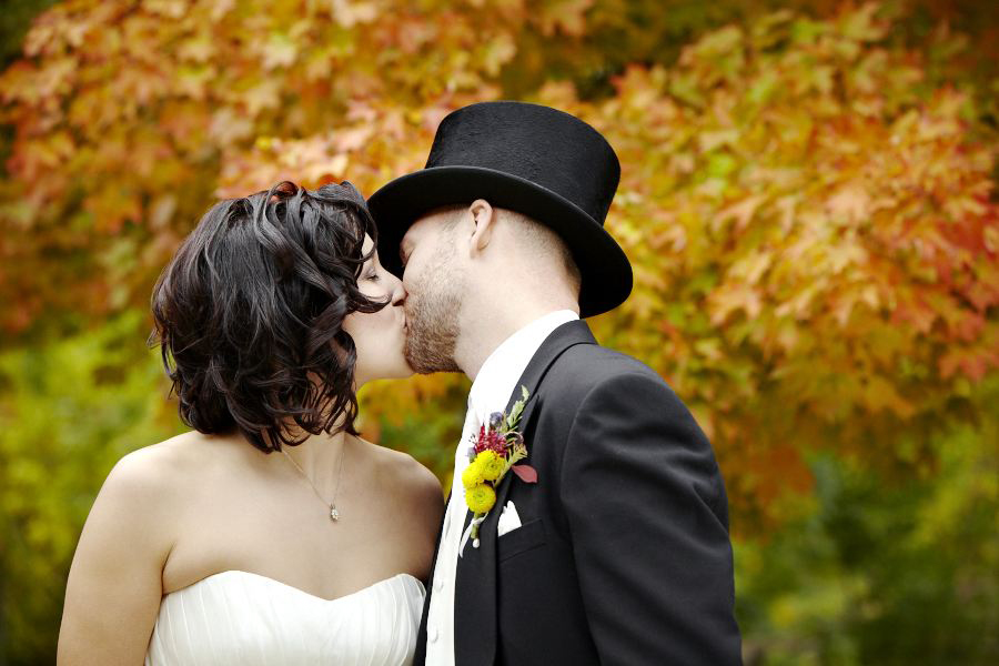 black creek pioneer village fall wedding by silverlight photography